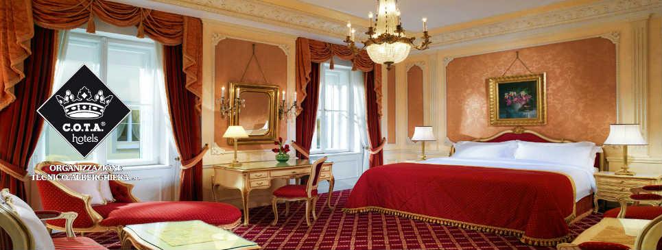 Hotel-Imperial-Vienna-Austria-suite-10
